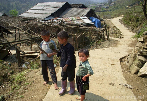 Minority children in Sapa