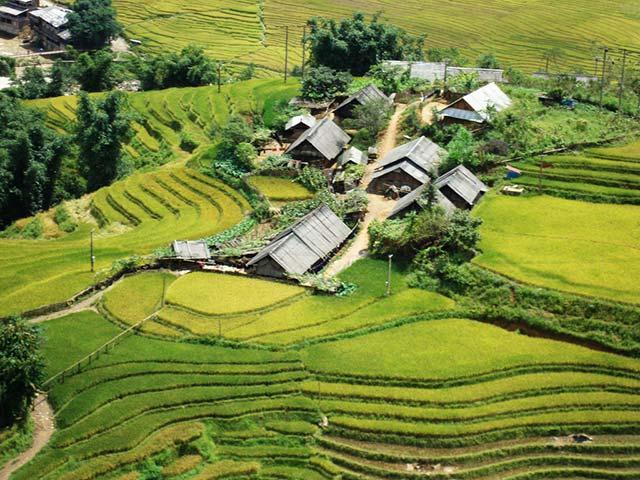 Y-Linh-Ho-Village