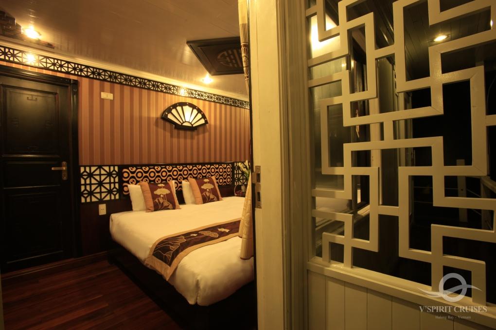 V-Spirit Cruise Premium Cabin