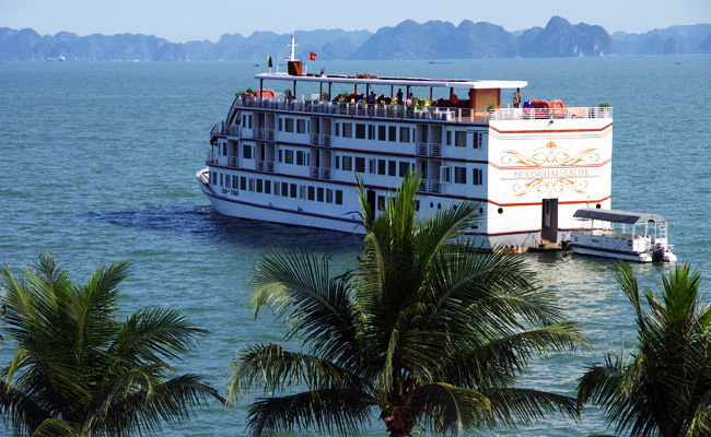 huong hai sealife cruise full view