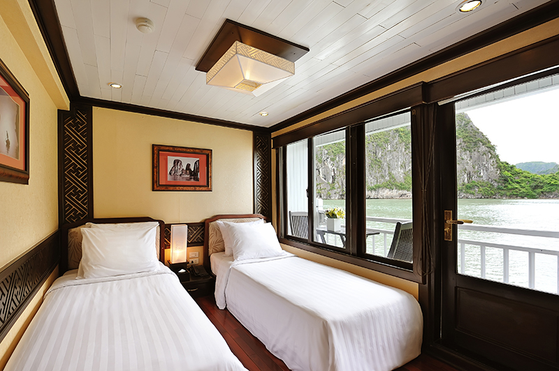 Paradise luxury cruise halong bay for Deluxe balcony