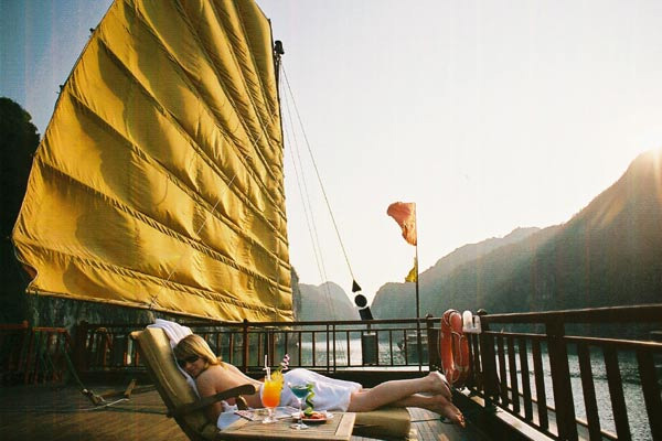Indochina Sails Relax